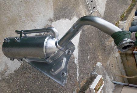 マフラー本体の耐熱塗装.JPG