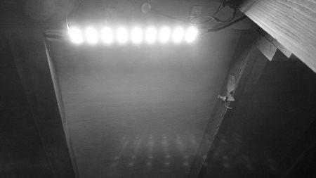 階段下収納 LED.JPG